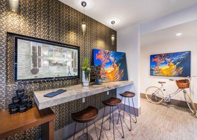 580-Anton-Costa-Mesa-Apartments-leasing